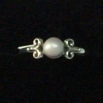 concho-pearl-ring